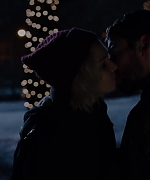Sense8_-_A_Christmas_Special_-_Official_Trailer_5BHD5D_-_Netflix_057.jpg
